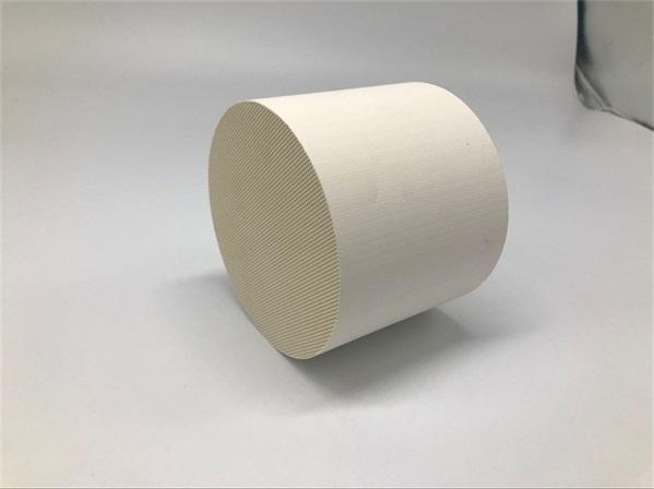 Honeycomb ceramic catalyst 蜂窝陶瓷载体 (2)