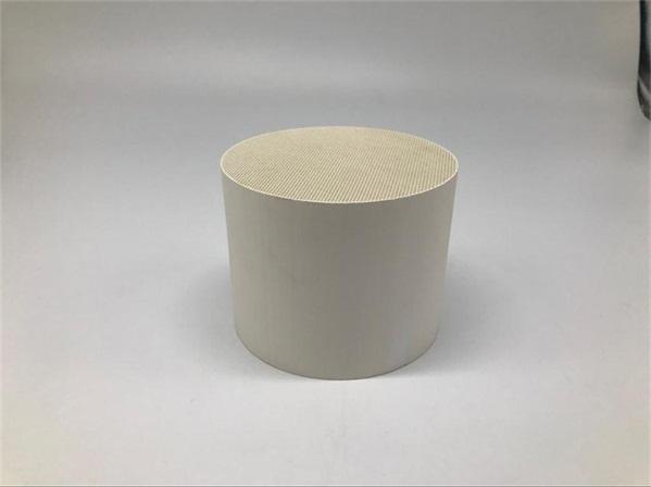 Honeycomb ceramic catalyst 蜂窝陶瓷载体 (1)